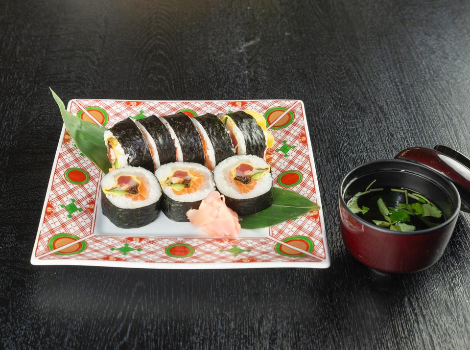 卯月桜太巻き寿司